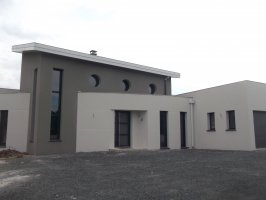maison d'architecte gris cendre